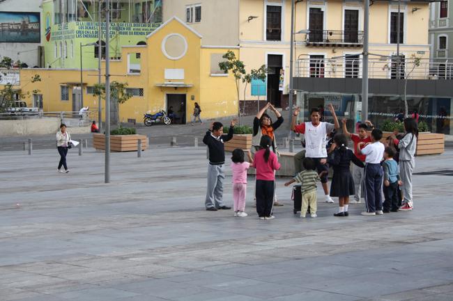 Grande place à Quito Sud